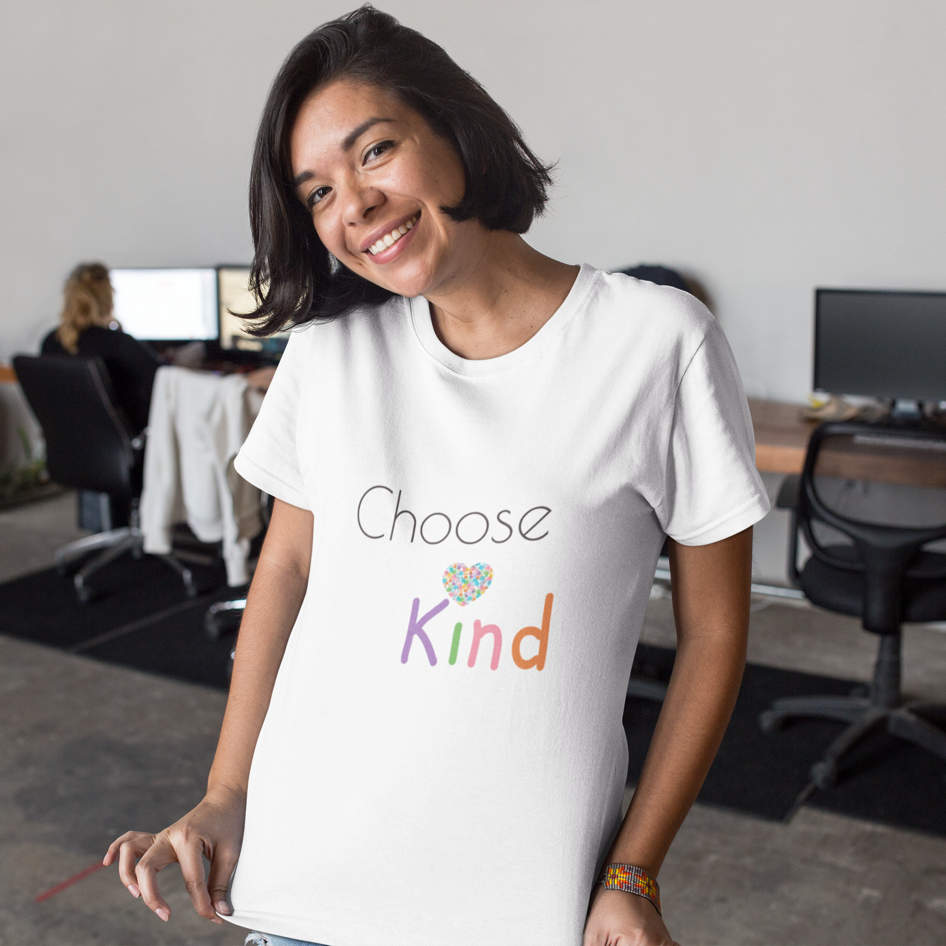 mockup-of-a-middle-aged-customer-showing-her-tshirt-design-at-the-office-a16039